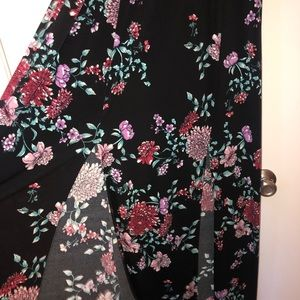Flora maxi dress size extra large only worn once.